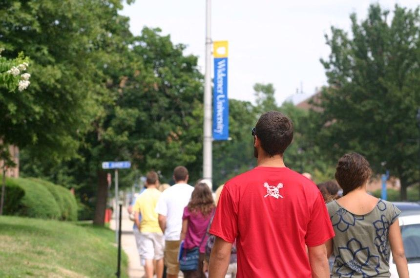 students tour campus