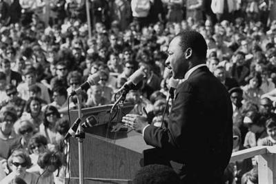 Martin Luther King Jr. speaks to crowd